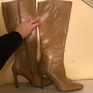 Shoes - Honey wheat leather knee high boots sz 9 1/2